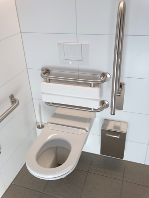 Barrierfreie Toilette
